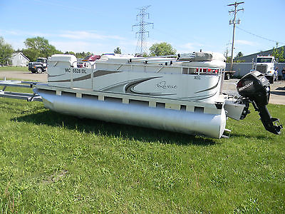 2011 Apex Marine Pontoon, 16ft, with 2008 25HP Mercury Outboard, Clean Cover