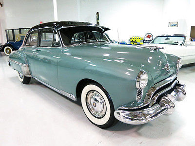 Oldsmobile : Eighty-Eight Futuramatic 88 Sedan 1949 oldsmobile futuramatic 88 4 dr sedan beautifully restored must see