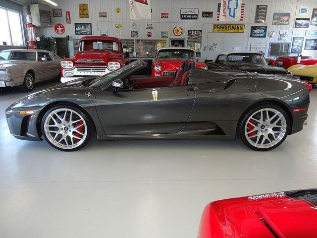 Ferrari : 430 F1 Grigio Silverstone (Gray/Silver) Ext. Bordeaux (Red) Int. 20