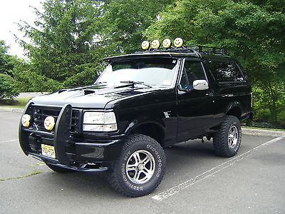 Ford : Bronco Custom Sport 1993 ford bronco xlt custom sport lifted 115 k miles over 25 k invested
