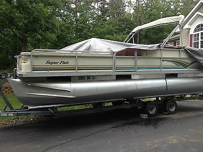 2001 Crest Super Fish 22' Pontoon Boat w/ 90hp FourStroke Mercury Outboard Motor