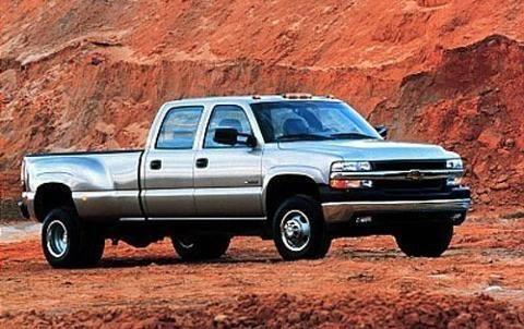 2001 CHEVROLET SILVERADO 3500 4 DOOR CREW CAB LONG BED TRUCK