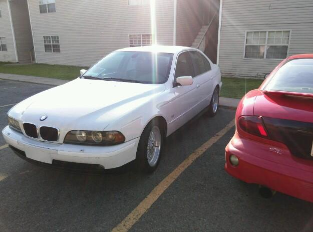 Car BMW 2003 Excellent Condition