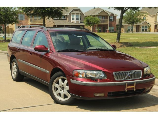 Volvo : V70 2.5T A SR AW 2003 volvo v 70 1 tx owner non smoker clean tx title rust free