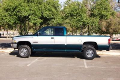 Dodge ram2500 slt