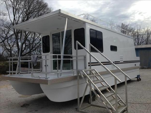 2015 Catamaran Cruisers 10 X 35 Houseboat