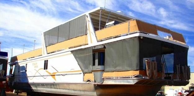 2007 Custom Laketime Houseboat