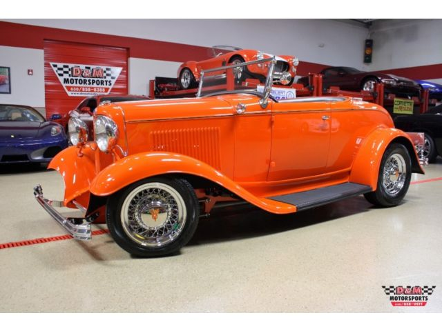 Ford : Other Roadster 32 roadster triple carb chevy 350 full steel body fenders rumble seat leather