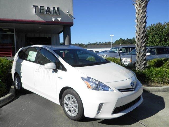 Toyota : Prius V Three Three Hybrid-electric New 1.8L Bluetooth 1.8 liter inline 4 cylinder DOHC engine