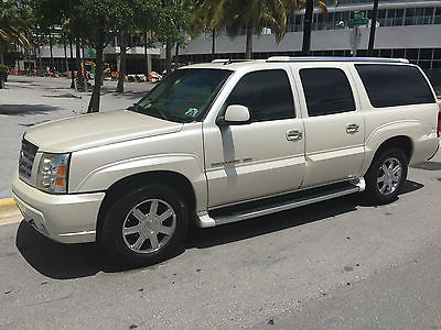 Cadillac : Escalade suv 2004 escalade esv excellent condition 1000 s in upgrades has service records