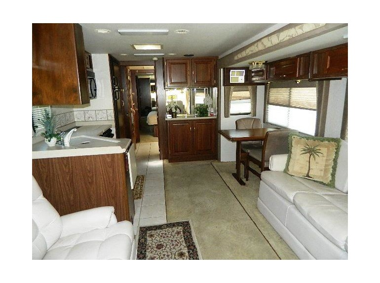 2003 National Tradewinds 395LE