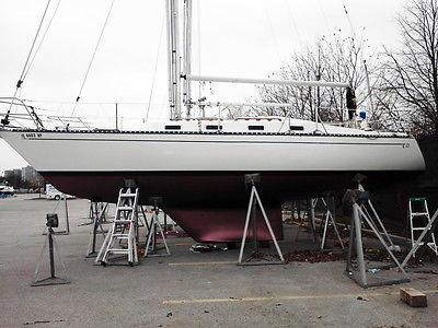1982 Supreme Quality TARTAN Racer/Cruiser Sailboat 33'