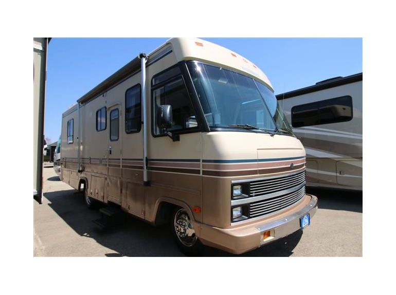 1988 Winnebago Super Chief 27RQ