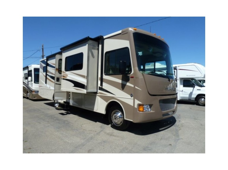 2015 Winnebago Sunstar 30T