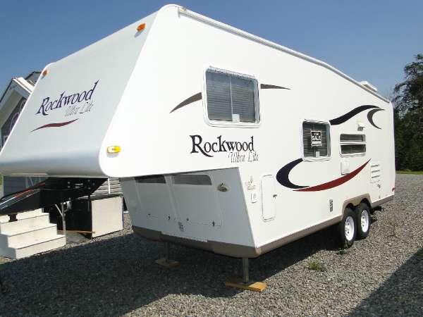 2006 Rockwood 2320