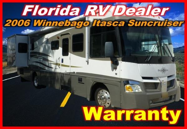 2006  Winnebago  Itasca Suncruiser 33 V