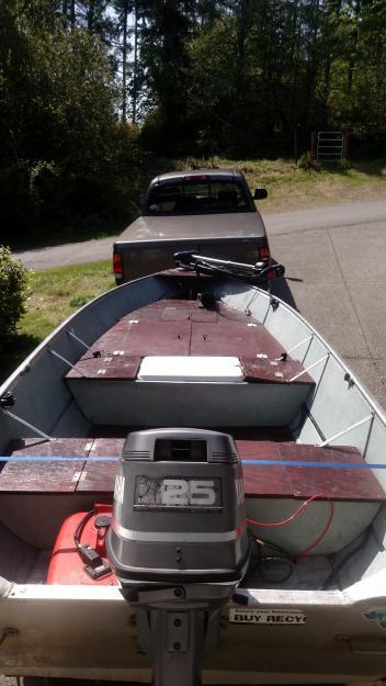 1989 14 ft aluminum gregor custom bass boat