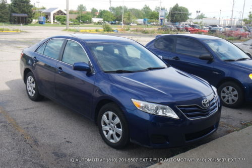 Toyota : Camry CLEAR