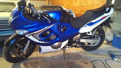 Suzuki : GSX / Katana 2006 suzuki katana 600 one owner bike only 2400 miles all stock