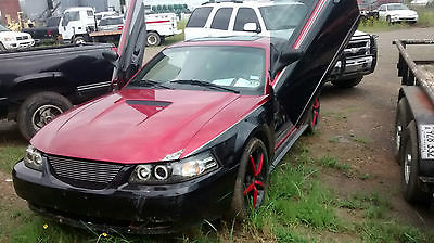 Other Makes : mustang  2 door coupe 2000 mustang v 6 engine automatic trans
