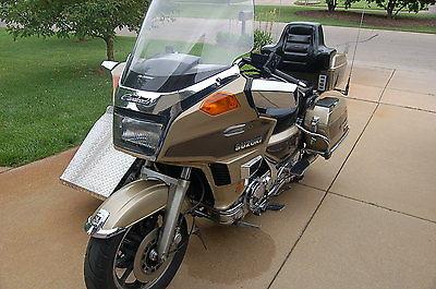 Suzuki : Other Motorcycle w/ sidecar, Suzuki Cavalcade, 1986 Touring