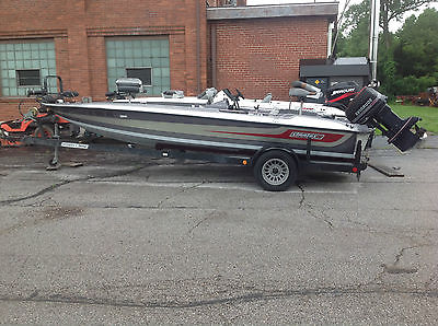 Stratos Bass Boat  Evinrude 110HP