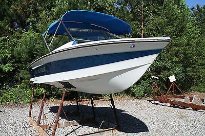 86 ski natique 2001 competition ski boat by correct craft, power boat, barefoot