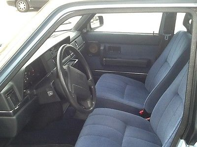 Volvo : 240 Dl 1991 volvo 240 base sedan 4 door 2.3 l