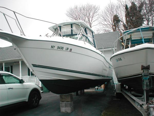 1998 Seaswirl Striper 2600 Walkaround