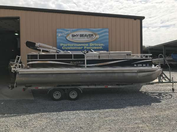 2011 South Bay 520FC