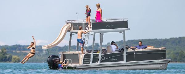 2017 Avalon Catalina FunShip