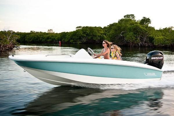 2018 Boston Whaler 150 Super Sport