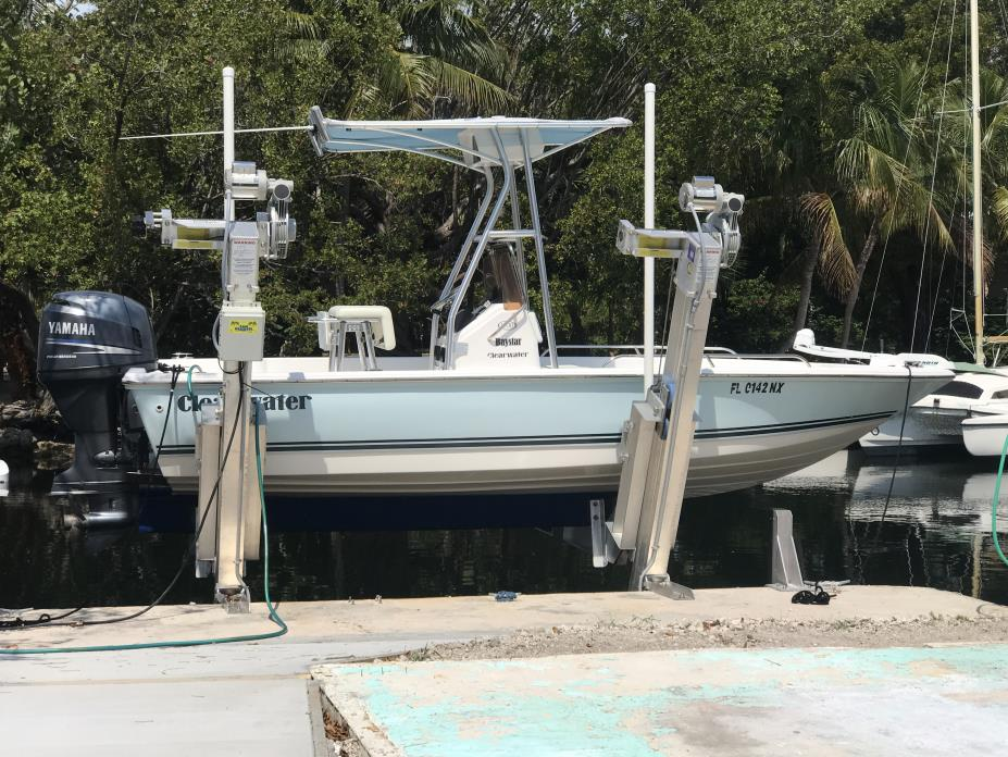 2007 Clearwater 1900 BAY