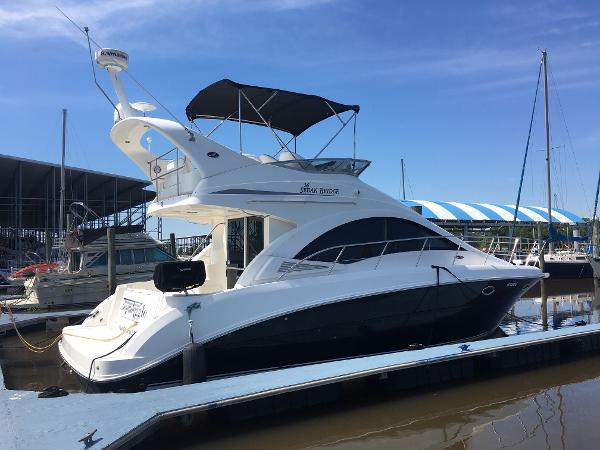 2007 Searay 36 sedan bridge