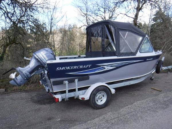2013 Smoker Craft Phantom 182