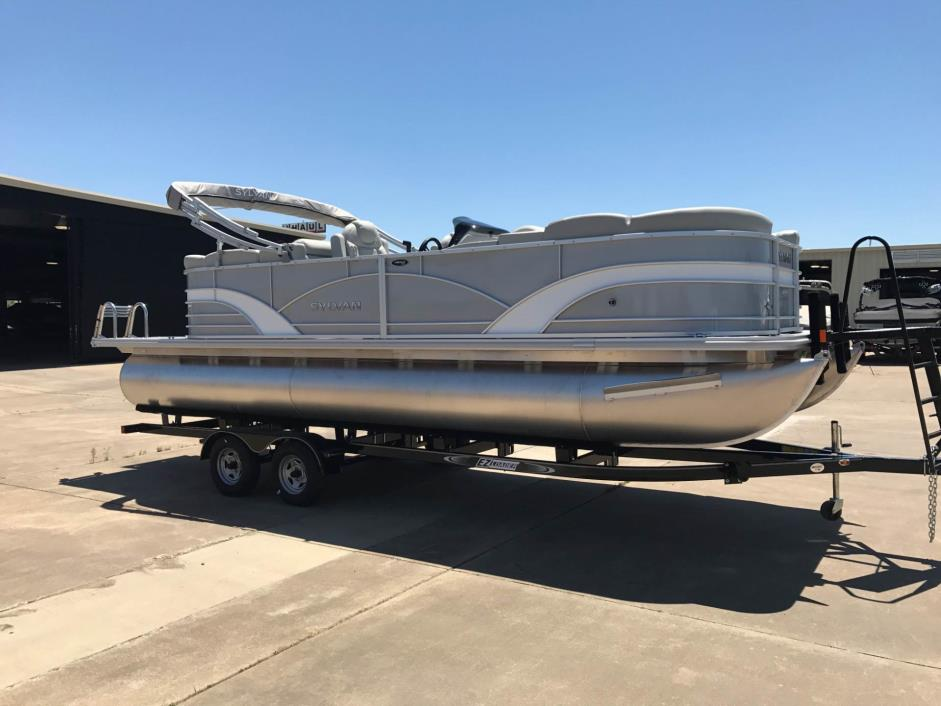 2017 Sylvan Mirage Cruise 8522 LZ