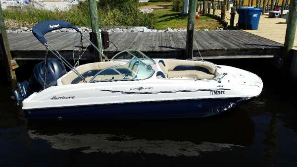2015 HURRICANE BOATS SD 187 OB