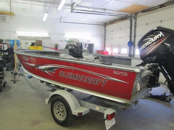 2006 Alumacraft Dominator 175