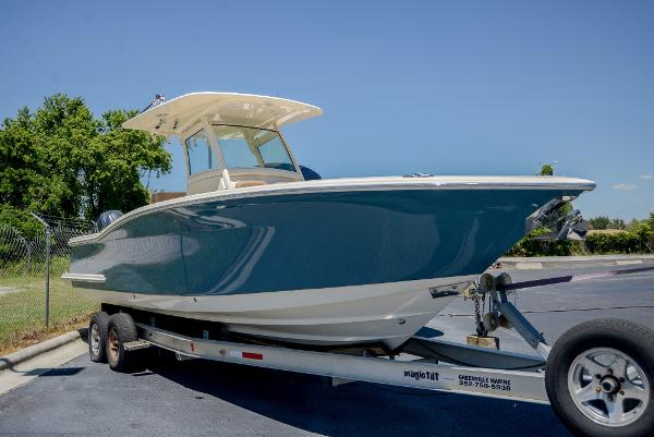 2013 Scout Boats 275 LXF