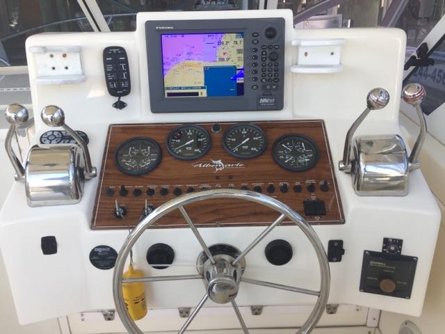 2004 Albemarle 280 Express Fisherman