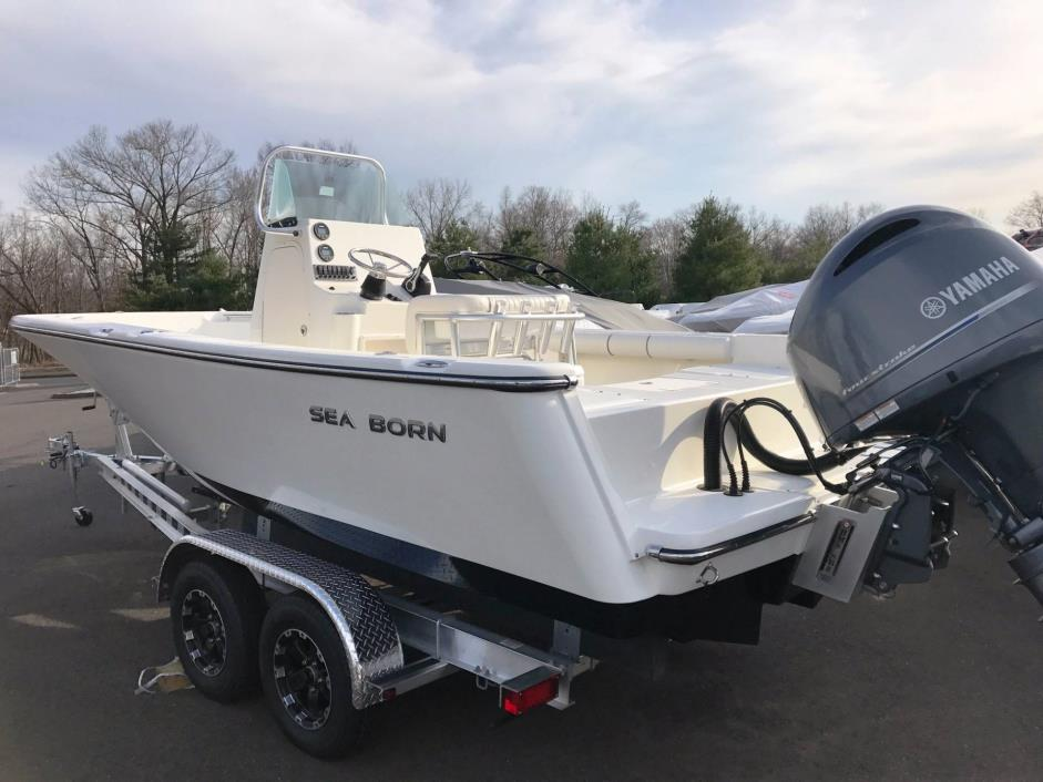 2017 Sea Born LX21 Center Console