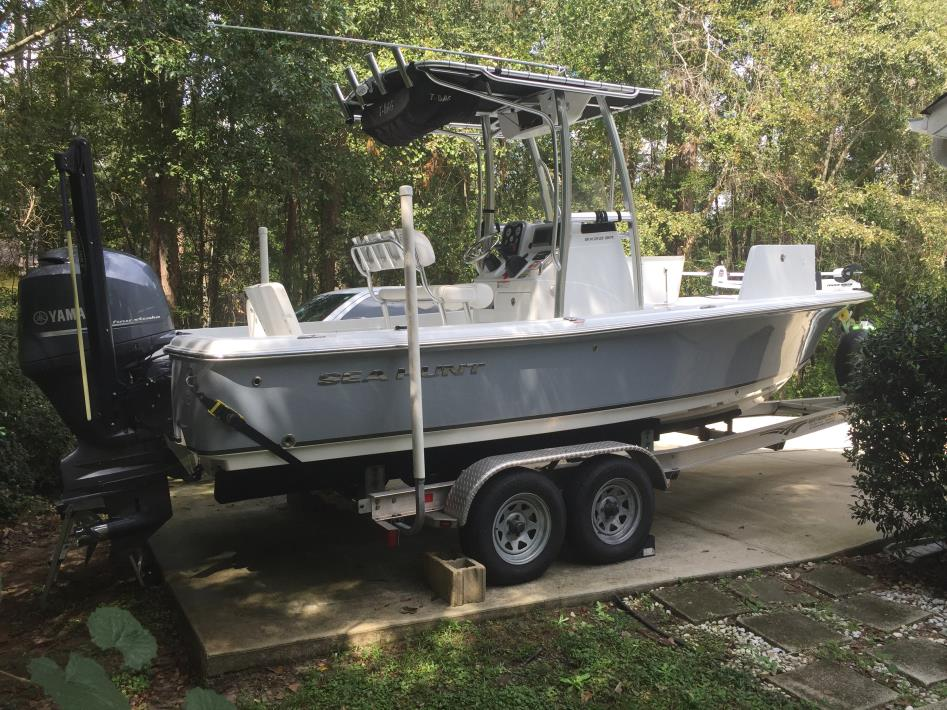 2014 Sea Hunt 22 BXBR