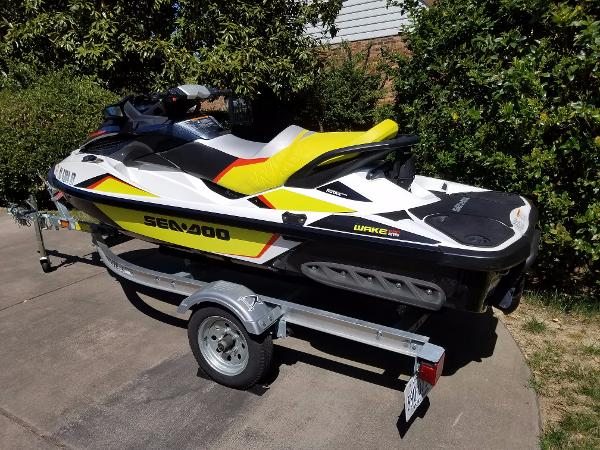 2014 Sea Doo 215 WAKE