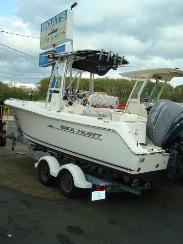 2007 Sea Hunt Triton 220/CC