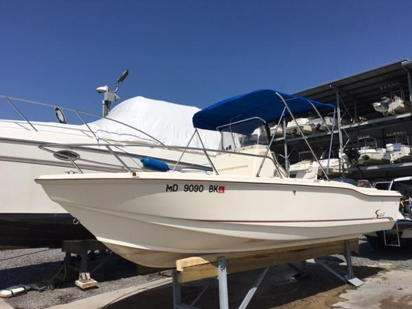 2000 Scout 202 Sport Fish