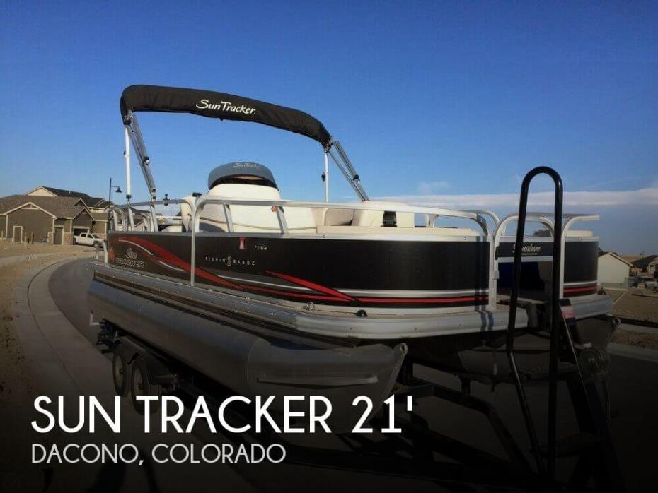 2011 Sun Tracker Fishin' Barge 21