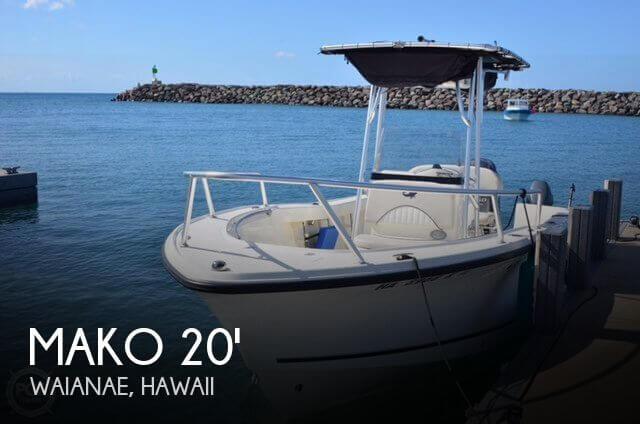 2016 Mako 204 Center Console