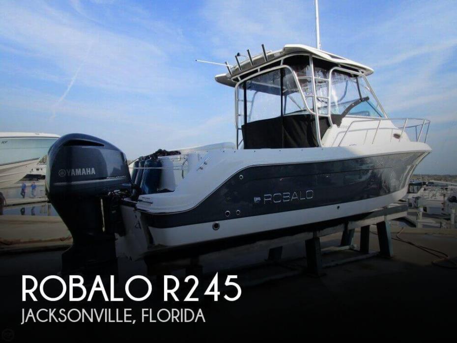 2014 Robalo R245