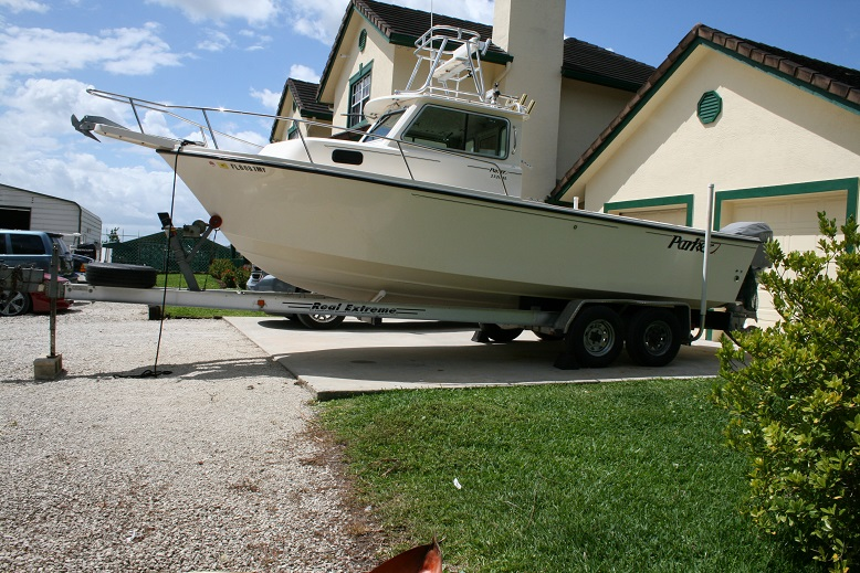 2005 Parker 2320 SL Sport Cabin