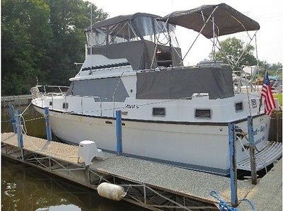 1985 36 foot Mainship double cabin $30,000